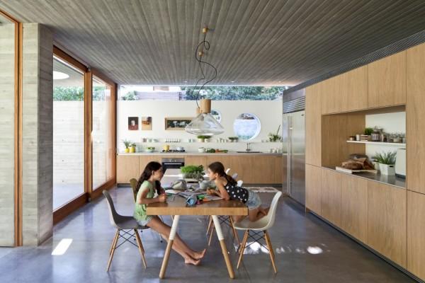 alçak tavanlı ev